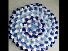 This Pin was discovered by Huz Puff Stitch Crochet, Crochet Mat, Crochet Potholders, Love Crochet, Crochet Doilies, Crochet Flowers, Crochet Stitches, Embroidery Stitches, Doily Patterns