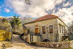 Old beautiful house in By Ahmad Tofaily - Ahmad Tofaily photography Beautiful Homes, Beautiful Places, Baalbek, Castle House, Old Buildings, Traditional House, House Painting, Old Houses, Building A House