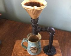 This coffee pour over station is made to work with the hariov60. Custom sizes and finishes available