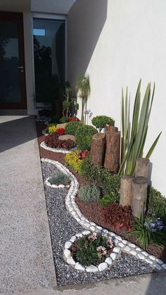- Jardin maison neuve – idées jardin – B - Front Garden Landscape, Small Front Yard Landscaping, Backyard Landscaping, Landscaping Ideas, Stone Landscaping, Landscape Edging, Simple Landscape Design, Modern Design, Inexpensive Landscaping