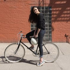 One more by @loreleiwlsn. @levis #commuter.  @tokyobike_nyc