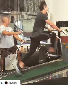 Catch him if you can. @vol_football RB Jalen Hurd makes it look easy hitting 19.5 mph on an incline treadmill.  (via @jayhurd1)