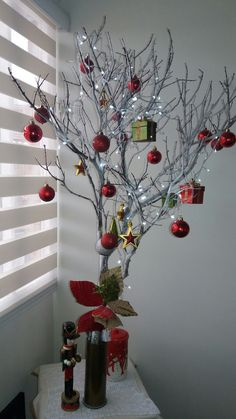 209 Christmas Decoration 2017 Frozen Trends 2019 Check more at www. Christmas Decorations 2017, Christmas Vases, Large Christmas Baubles, Easy Christmas Crafts, Outdoor Christmas, Simple Christmas, Christmas Home, Christmas Pillow, Holiday Tree