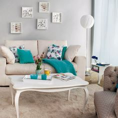colorful details in the livingroom