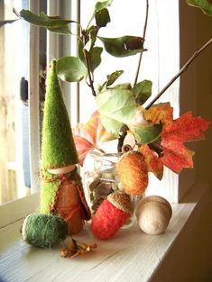 autumn/fall display - please also see my waldorf pintrest board (Louise, from Building Blocks and Acorns)