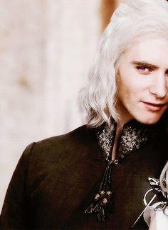 ** game of thrones asoiaf daenerys targaryen viserys targaryen gotedit so obsessed with targs rn