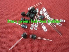 Free Shipping (100pcs) 3mm Ultra Bright water clear Green LED+led holder/led holder Fast shipping for 3mm light lamp