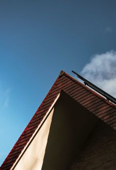 Things You Must Consider and The Types Of Roof You Must Get For Your Homes - Decorology