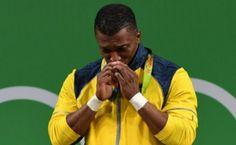 Óscar Figueroa, campeón olímpico de levantamiento de pesas en los 62 kilogramos, el 8 de agosto en Río 2016.