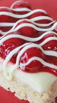 Cherry Cheesecake Krispie Treat Bars Recipe ~ These would be the perfect snack for Valentine's Day, Christmas, or of July! Plus, it's a unique twist to Rice Krispie Treats! Valentine Desserts, Fun Desserts, Dessert Recipes, Valentines, Rice Krispy Treats Recipe, Rice Krispie Treats, Yummy Treats, Sweet Treats, Yummy Food