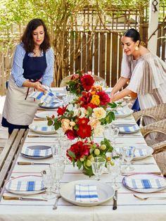 5 Expert Tips for Setting a Festive Summer Table