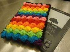 This Multicolored Kindle Cover is a great holiday gift for anyone on your list with an Ereader. It's an easy crochet pattern that can be made in any size and color combination you want. This is also a great stashbuster crochet project....I I ever get a tablet or anything like that.