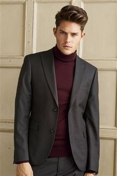 Brown skinny fit suit with turtle neck jumper form Next Next Suits, Black Outfit Men, Winter Fashion 2014, Skinny Fit Suits, Old School Fashion, Menswear Trends, Business Casual Outfits, Fashion Updates, Event Dresses