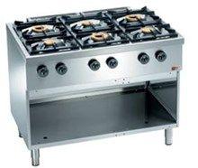 Kokebord (gass) m/ 6 bluss og åpent underskap. 38,5 kW.