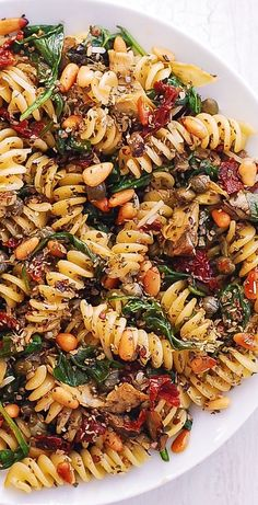 Italian pasta with spinach, artichokes, dried tomatoes, capers, garlic . - pasta - Italian pasta with spinach artichokes dried tomatoes capers garlic - Vegetable Recipes, Meat Recipes, Pasta Recipes, Chicken Recipes, Dinner Recipes, Cooking Recipes, Noodle Recipes, Sandwich Recipes, Chicken Mozzarella Pasta