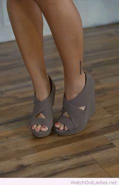 Wonderful grey wedges