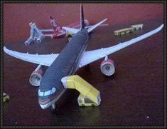 Royal Jordanian Boeing B787-800 Dreamliner Free Airplane Paper Model Download - http://www.papercraftsquare.com/royal-jordanian-boeing-b787-800-dreamliner-free-airplane-paper-model-download.html