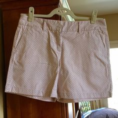 Printed LOFT shorts--pink & tan! Pink and tan print as shown in second photo, six inch inseam & size 4! NEW WITHOUT TAGS LOFT Shorts