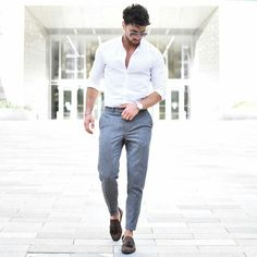 Street style for men roupa social masculina, moda masculina jovem, Formal Dresses For Men, Formal Men Outfit, Formal Wear, Formal Shirts For Men, Men Formal, Short Dresses, Mens Fashion Blog, Mens Fashion Suits, Fashion Ideas