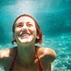 underwater smile ( underwater disposable camera )