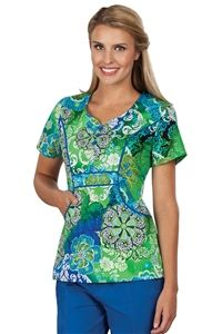 "Peaches Uniforms Emily Top in ""Cool Breeze"" 4632-CLBZ 	  Emily Print Top #4632  100% Cotton  Sweetheart neckline, flower buttons  Seaming detail  Roomy J pockets  Length 26""  XS-3X $22.50 #scrubs #scrubcouture #nurses"