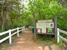 There are two nature trails in the park for easy walks or there is a third trail for a more strenuous hike. Travel Oklahoma, Oklahoma City, Oklahoma Attractions, Day Trips, Weekend Trips, Vacation Spots, Vacation Ideas, Rappelling, New York Travel