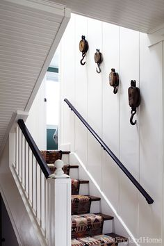 A designer's charming and beautiful beach house! From New England Home.