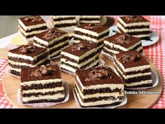 Efsane Tiramisu Tarifi (Videolu) – Nefis Yemek Tarifleri How to make Legend Tiramisu Recipe (Video)? Nutella Cheesecake, Cheesecake Cupcakes, Lemon Cheesecake, Pumpkin Cheesecake, Tiramisu Sans Gluten, Best Tiramisu Recipe, Chocolate Covered Strawberries, Turkish Recipes, Dessert Recipes