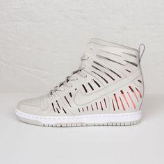4c5ada12fd8 27 Best Women s Sneakers images