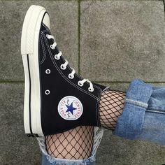 Fishnet socks + Converse