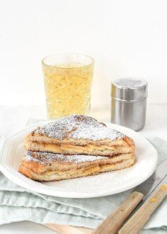 Appeltaart wentelteefjes (Laura's Bakery) - Appeltaart wentelteefjes Lunch Snacks, Breakfast Snacks, Healthy Breakfast Recipes, Lunches, Breakfast Ideas, Beignets, Sweet Bakery, Galette, High Tea
