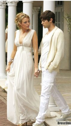 Blake Lively as Serena van der Woodsen on Gossip Girl #greekdress