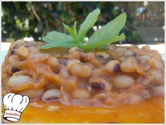 Food recipes with step by step photos from preparation,ideal for novice cookers Greek Recipes, My Recipes, English Food, English Recipes, Tomato Sauce, Cantaloupe, Beans, Fruit, Cookers