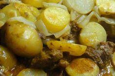 Jak připravit zapečený bramborový guláš   recept