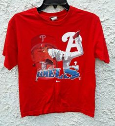 Shirt is in excellent condition. Mlb, Cole Hamels, Eric Davis, Base Ball, Sports Magazine, Philadelphia Phillies, Nike, Vintage Shirts, Youth