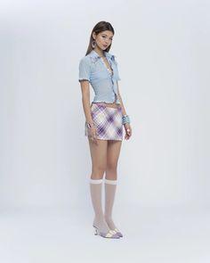 Dope Fashion, High Fashion, Fashion Looks, Outfits For Teens, Casual Outfits, Fashion Outfits, Bow Shirts, Versace Fashion, Bubble Skirt