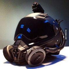Best motorcycle helmet ever! (WALTERRIFIC) - 9GAG