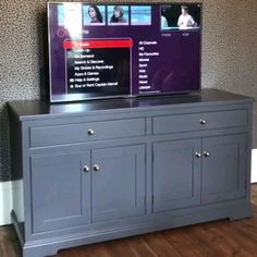 Hidden TV ideas: Check out this inspirational roundup of ideas to help you elegantly decorate around your TV with art, accent . Where are they today? Tv Furniture, Space Saving Furniture, Living Room Tv Unit, Living Room Decor, Home Room Design, Home Interior Design, Tv Escondida, Hidden Tv Cabinet, Tv 20