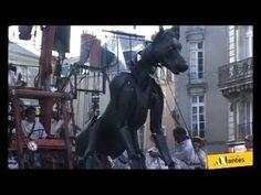 Royal de Luxe de retour du Mexique débarque à Nantes