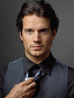 The alphabet of hot guys: H is for Henry Cavill