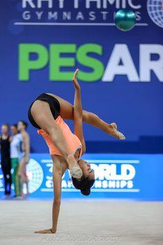 Alexandra Agiurgiuculese (Italy), backstage World Championships (Pesaro) 2017