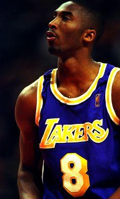 """Kobe Bryant - """"Siempre tienes que estar al límite. Tienes que hacer cada entrenamiento, cada partido, como si fuese el último"""""""