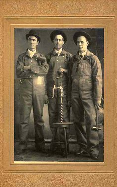 "Pgeist453 - ""Three Shipwrights"""