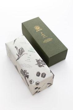 Packaging Design & Ideas Peak Farm Verpackungsdesign New Fashion Trends Take A Walk On The Wild Side Tea Packaging, Luxury Packaging, Paper Packaging, Cosmetic Packaging, Beauty Packaging, Print Packaging, Design Packaging, Packaging Ideas, Japanese Packaging