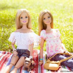 Mid-day picnic, take a seat! #coachella #barbie #barbiestyle