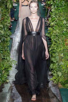 MDS predictions jennifer lopez- valentino haute couture fall 2014