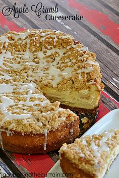 Apple Crumb Cheesecake | If you like apple pie then you are going to love this apple pie cheesecake combo with a crunch cinnamon crumb topping. Take away t