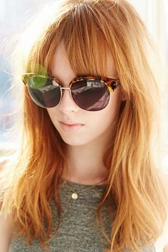 un joli blond roux aux reflets cuivrés et dorés pour un effet soleil en été