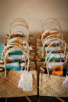 Wedding Gifts Thinking of having a destination wedding? Check out these destination wedding welcome bag ideas! - Make your guests feel at-home when they travel to your wedding with gift bags. Here are some fun ideas for destination wedding welcome bags! Wedding Gift Bags, Beach Wedding Favors, Unique Wedding Favors, Diy Wedding, Dream Wedding, Wedding Day, Trendy Wedding, Beach Weddings, Wedding Souvenir