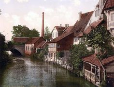 Here for your browsing pleasure is a grand photo of Der Gross Venedig, Hildesheim, Hanover. This color photochrome print was made between 1890 and 1900 in Hanover, Germany.